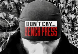 Шапка DON`T CRY BENCH PRESS