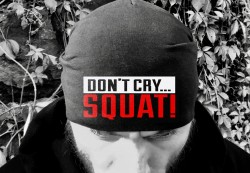 Шапка DON`T CRY SQUAT